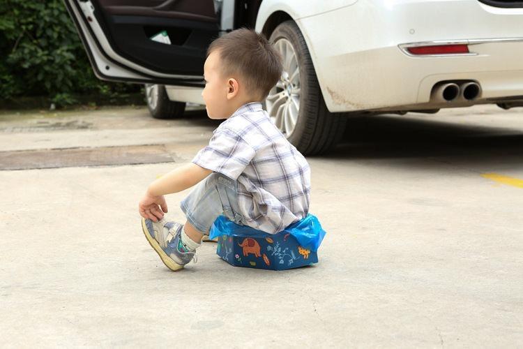 odnorazovyj portativnyj detskij gorshok dlja puteshestvij 10 - Одноразовый портативный детский горшок для путешествий: комплект на 4 использования
