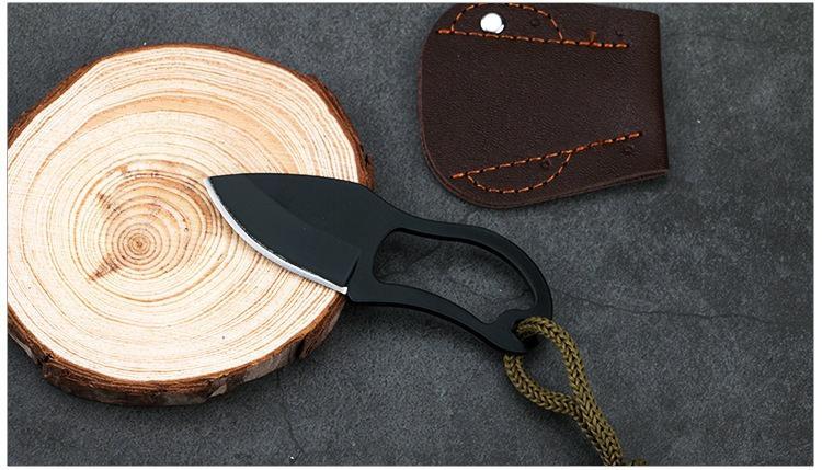 Швейцарский нательный нож-коготь Mil-Tec (в кожаных ножнах)