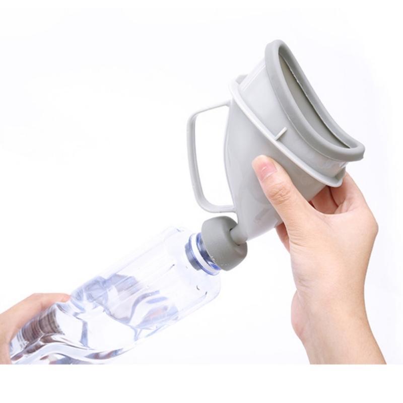 Портативный дорожный писсуар (туалет-лейка) для мужчин и женщин UniRina: многоразовый, прикручивается к бутылке, с держателем 118252