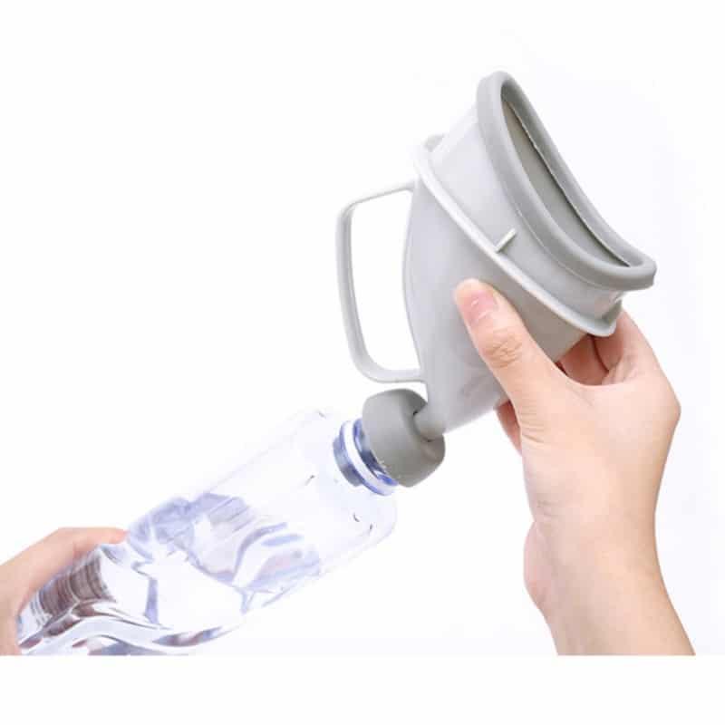 htb1jvx3mkusbunjssziq6zq8pxal - Портативный дорожный писсуар (туалет-лейка) для мужчин и женщин UniRina: многоразовый, прикручивается к бутылке, с держателем