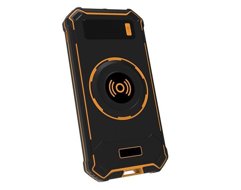 besprovodnaja qi zarjadka s funkciej paver banka 10000 mach 24 - Беспроводная Qi зарядка с функцией павер-банка 10000 мАч: 2 х USB (2А), Micro USB вход 2А