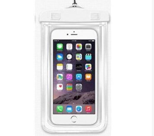 vodonepronicaemyj chehol dlja smartfona jekran do 6 djujmov so svetootrazhajushhimi jelementami 03 - Водонепроницаемый чехол для смартфона (экран до 6 дюймов) со светоотражающими элементами