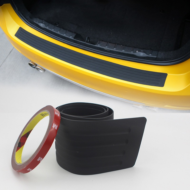 zashhitnaja nakladka na porog bagazhnika avtomobilja 07 - Защитная накладка на порог багажника автомобиля – ПВХ, 90 х 8 см