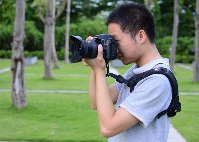 plechevoj remen focus f1 dlja kamery 06 - Плечевой ремень Focus F1 для камеры – быстроразъемный
