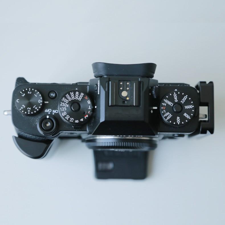 hand grip dlja fuji x t3 dopolnitelnyj hvat dlja kamery s kreplenijami djujma 18 - Hand Grip для Fuji X-T3 (дополнительный хват для камеры) с креплениями ¼ дюйма