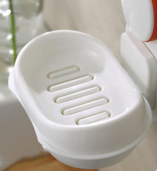 nastennaja mylnica v vannuju soapphire 03 1 - Настенная мыльница в ванную Soapphire: прочные присоски, поддон, ABS-пластик