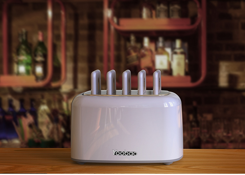 zarjadnaja stancija share box s vneshnimi akkumuljatorami 09 - Зарядная станция Share Box с внешними аккумуляторами – 5 х 5000 мАч/ 5 х 10000 мАч, Micro USB + 3 Lightning + Tipe C