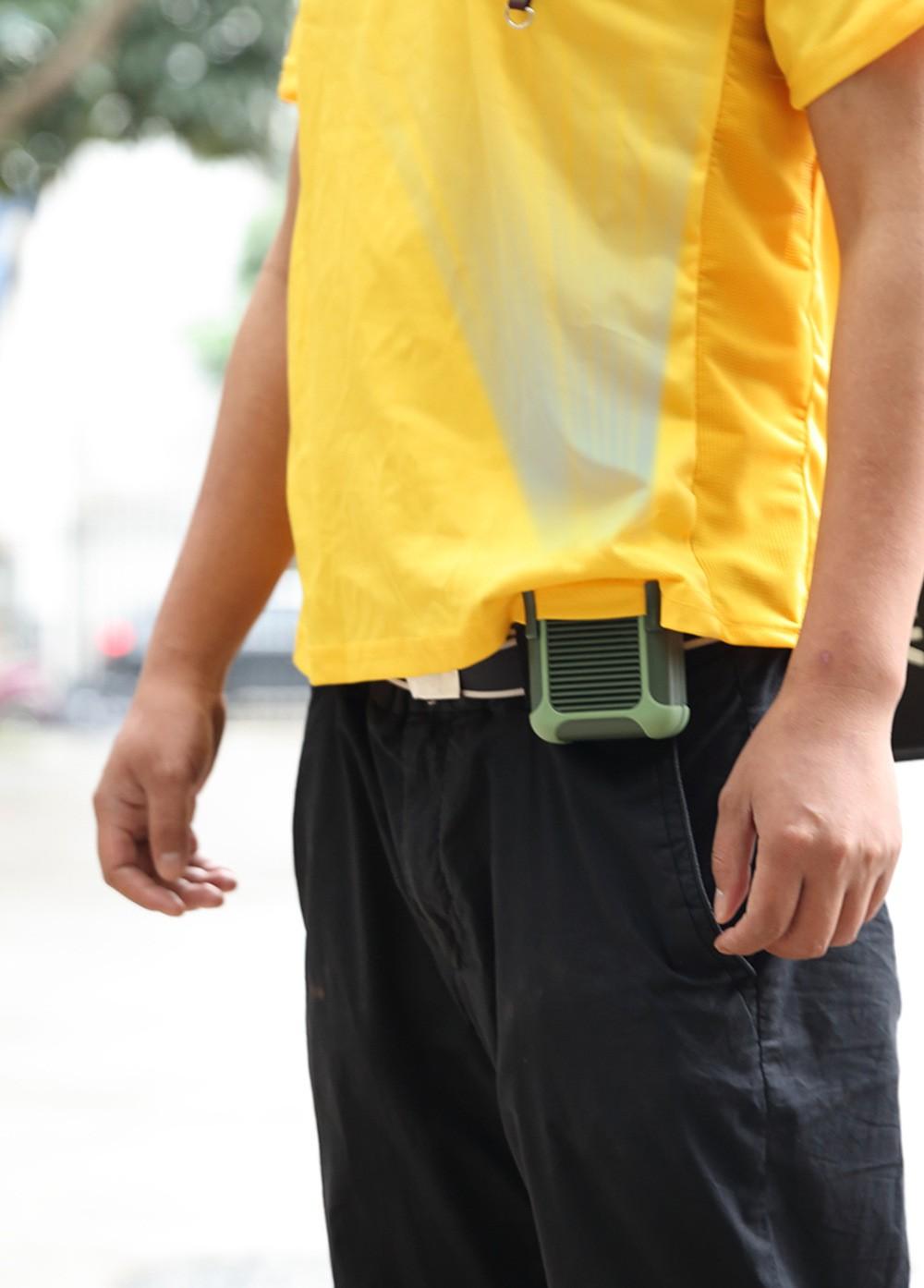 USB вентилятор с зажимом для одежды с Power Bank 4000 мАч 07 - Портативный USB-вентилятор с зажимом для одежды с Power Bank 4000 мАч
