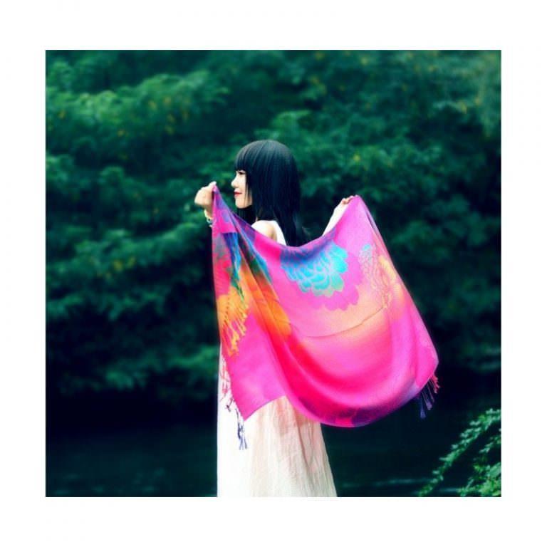12343 - Яркий шарф-палантин Trefille SunDay: 185 х 70 см, 6 расцветок