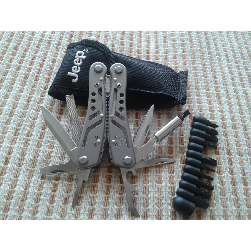 Мультитул JEEP0513 из нержавеющей стали: 9 инструментов в 1 + набор бит + чехол
