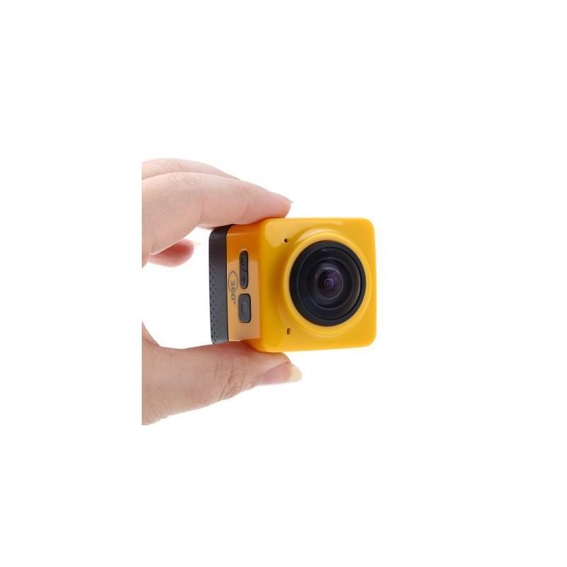 Панорамная 360-градусная экшн-видеокамера Soocoo Cube 360: Wi-Fi, CMOS, 360/190° видео с разрешением 1280 х 1042, 1300 мАч