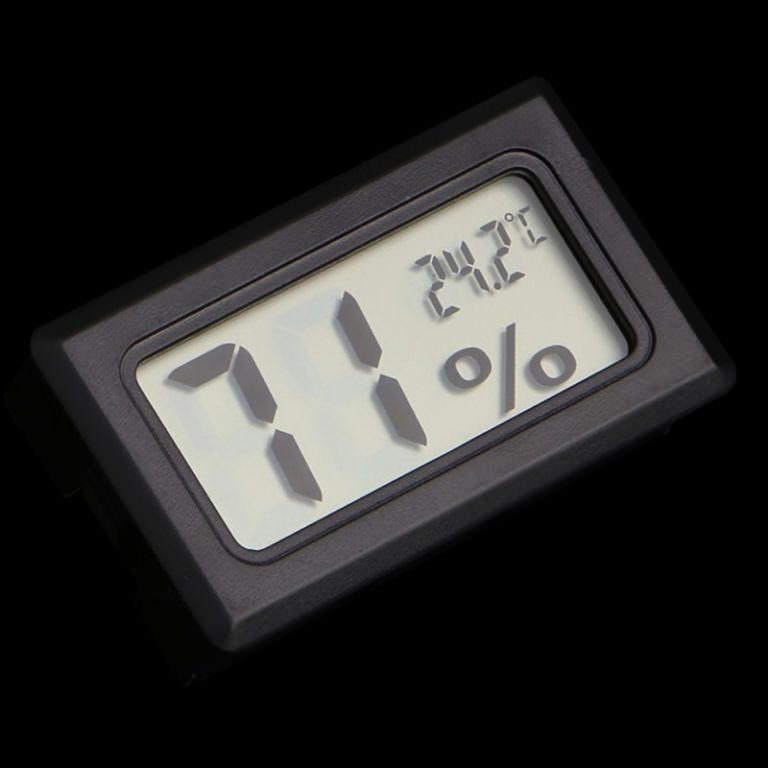 22632 - Недорогой электронный термометр-гигрометр YS-11