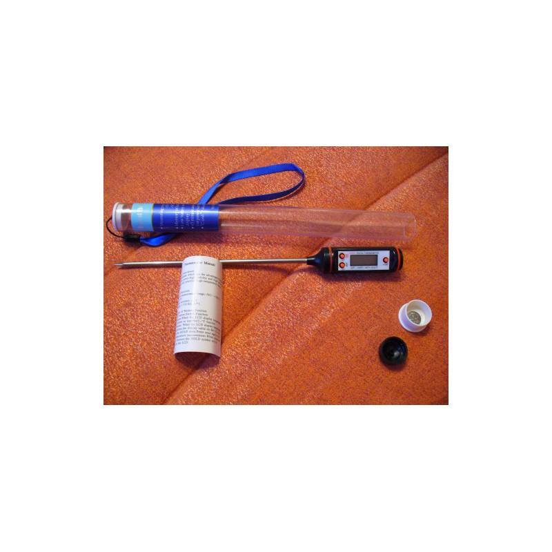 Кухонный набор Хозяюшка: электронные весы, электронный кухонный термометр с щупом TP101, насадка-дозатор для бутылок 165195