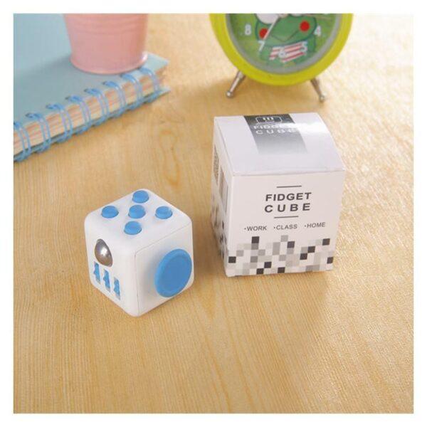 24950 - Антистрессовая игрушка для неспокойных рук Fidget cube