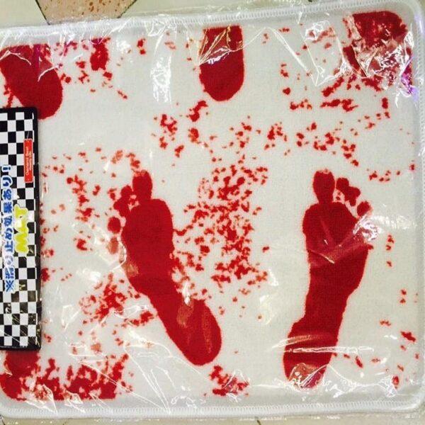 25517 - Коврик для ванной с «кровавыми» следами: для любителей ужасов, розыгрышей, отпугивания нежеланных гостей
