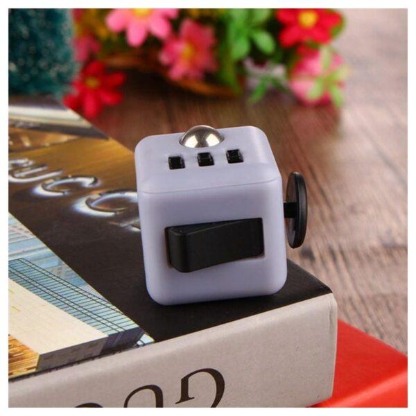 26245 - Антистрессовая игрушка для неспокойных рук Fidget cube