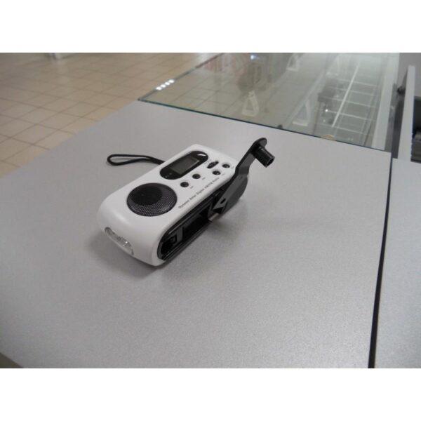 28652 - Радиоприемник-зарядное Road 612 с динамо-машиной и солнечной батареей + фонарик : 3 способа питания