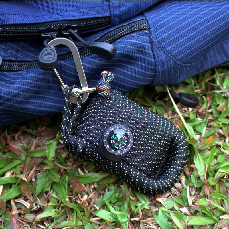 Портативный комплект выживания из 29 предметов: веревка 10,5 м, огниво, компас, рыболовные снасти, аптечка 206237