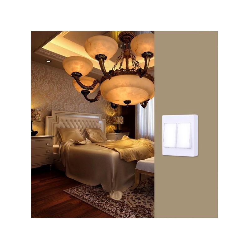 Настенный двойной светильник-ночник Double LED Switch 213174