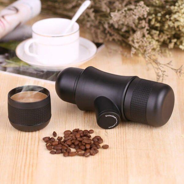 38028 - Ручная портативная кофе-машина EspressoMaker 70 мл: ручной насос 8 Бар, не нужен источник питания, выбор крепости кофе