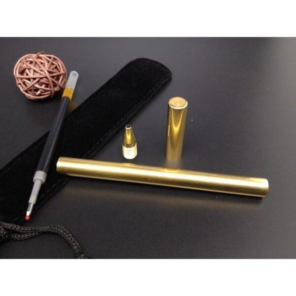 38245 - Металлическая латунная шариковая ручка: блестящая, матовая, стержень и чехол в комплекте