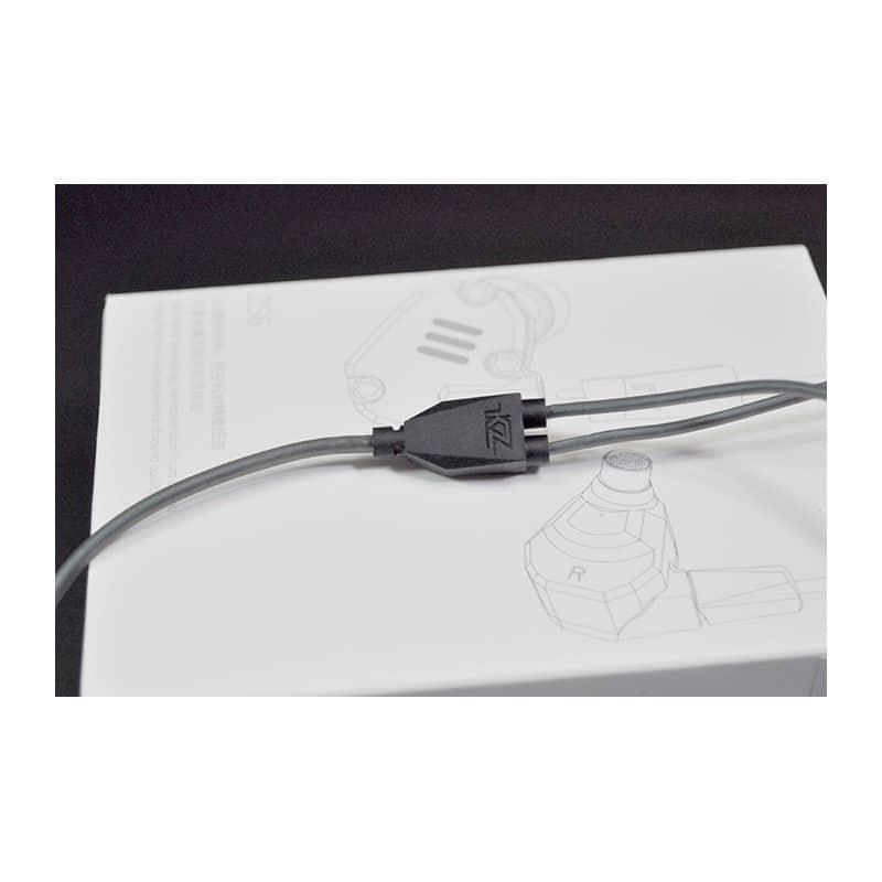 Гибридные внутриканальные наушники KZ (Knowledge Zenith) ZS6 с гарнитурой и съемным кабелем 1,2 м: 15 Ом, 105дБ, 7-40000Гц - Наушники с гарнитурой и Bluetooth-модулем (белый кабель), Серый