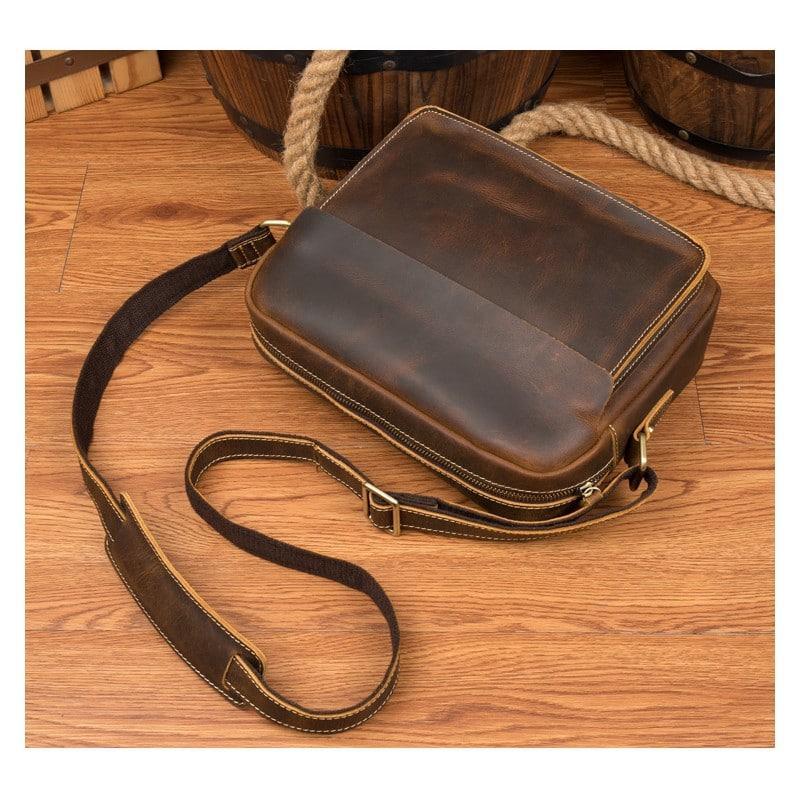22b090810031 Мужская плечевая сумка Mantime August из натуральной кожи Crazy Horse -  Коричневый