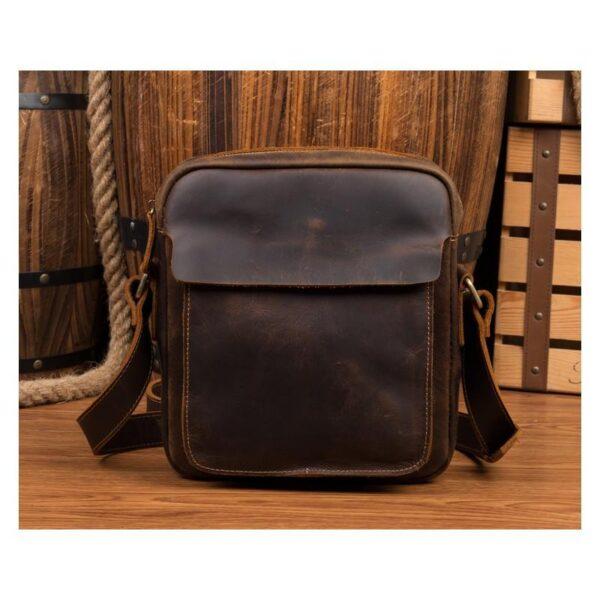 40330 - Мужская плечевая сумка Mantime August из натуральной кожи Crazy Horse