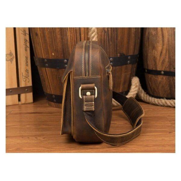 40342 - Мужская плечевая сумка Mantime August из натуральной кожи Crazy Horse