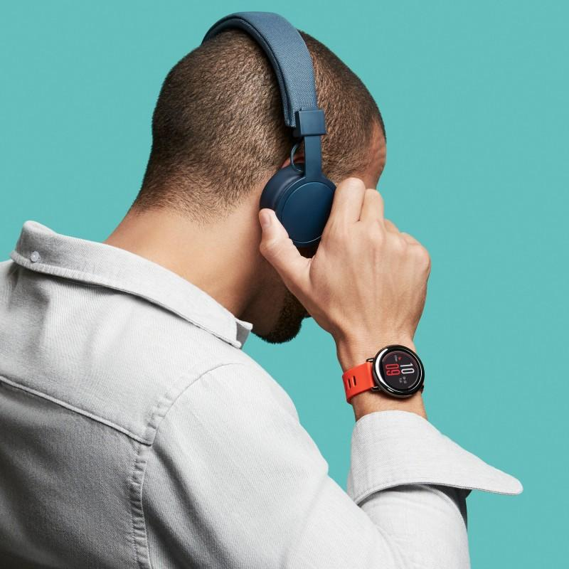Спортивные смарт-часы Xiaomi HUAMI AMAZFIT Pace: 1,34´´ экран, шагомер, пульсометр, GPS, Bluetooth, IP67, Strava, 4Гб память 215999