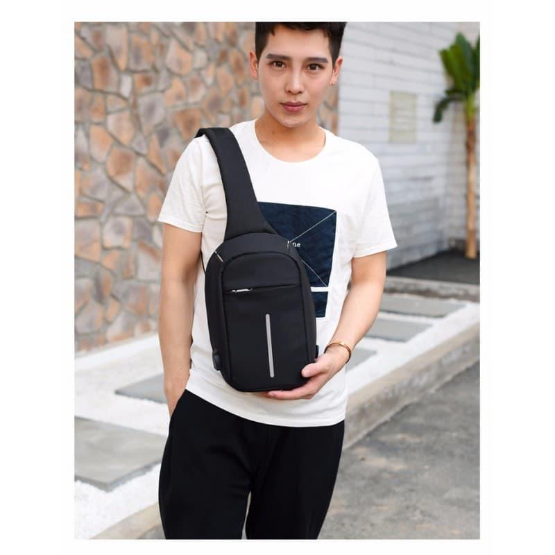 Городской рюкзак-антивор Bobby Mini с защитой от карманников и USB-портом для зарядки: водонепроницаемый, защита от порезов 216032