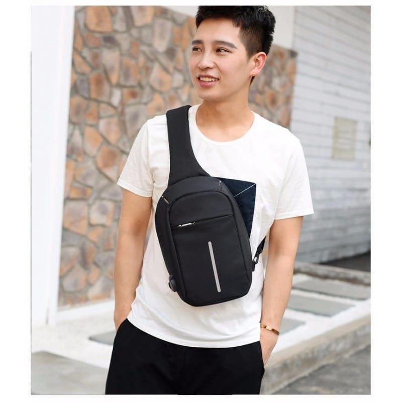 Городской рюкзак-антивор Bobby Mini с защитой от карманников и USB-портом для зарядки: водонепроницаемый, защита от порезов 216047