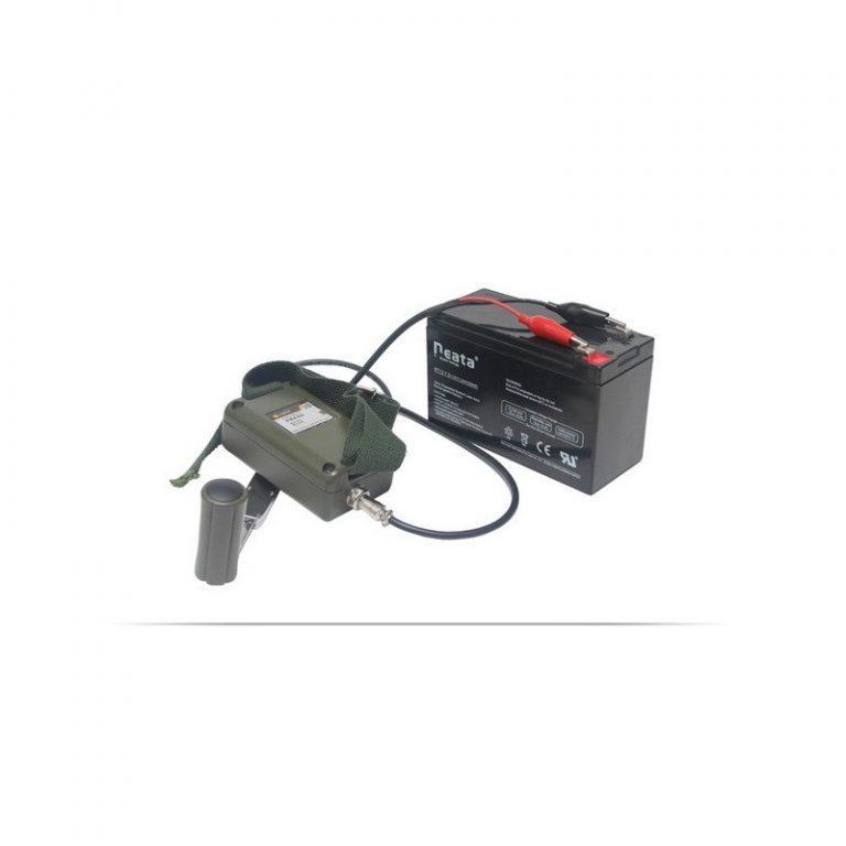 5478 - Динамо-машина SunShine DynamoJet Military - 28 В, защищенный корпус (ручная зарядка для ноутбука, раций, аккумуляторов)