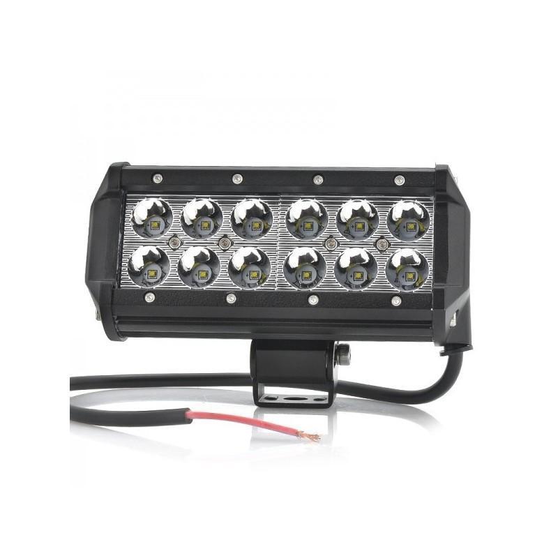 Всепогодный светодиодный прожектор LT188 на автомобиль (12 CREE LED по 3 ВТ, 2520 люмен)