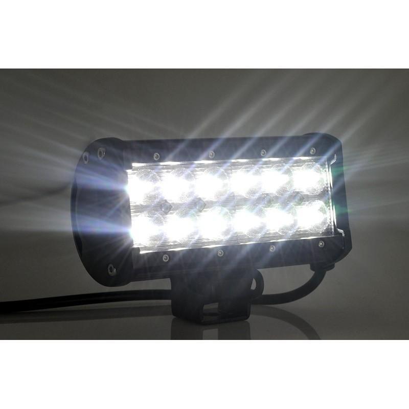 Всепогодный светодиодный прожектор LT188 на автомобиль (12 CREE LED по 3 ВТ, 2520 люмен) 189317