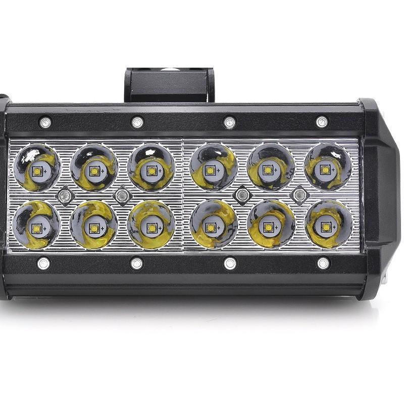 Всепогодный светодиодный прожектор LT188 на автомобиль (12 CREE LED по 3 ВТ, 2520 люмен) 189319
