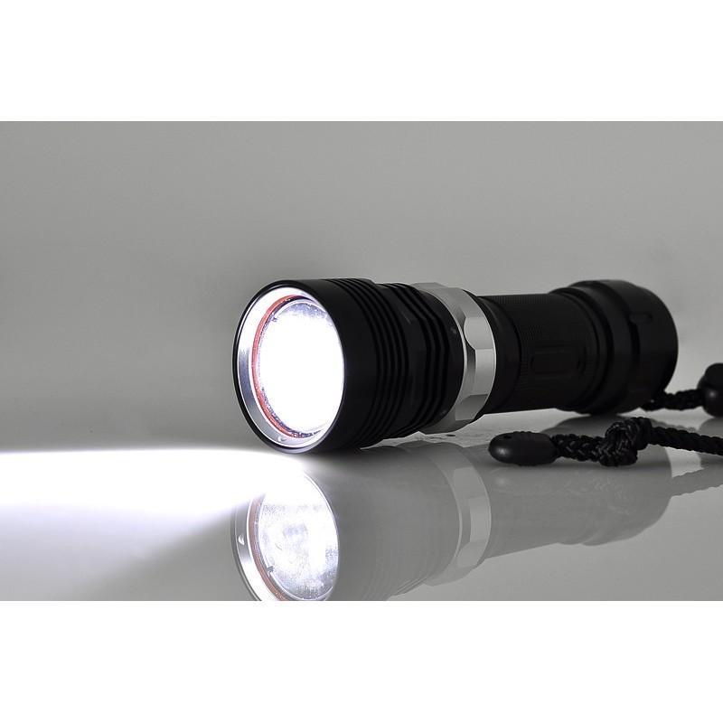 Водонепроницаемый фонарик (Cree XM-L T6 LED, яркость 1000 люмен, погружение под воду до 60 м) 189914