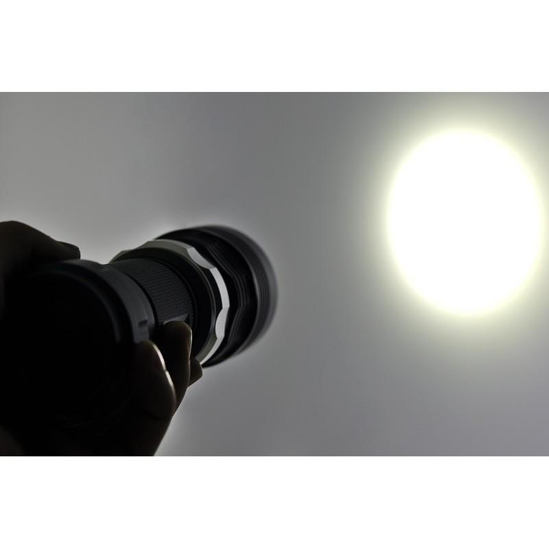 Водонепроницаемый фонарик (Cree XM-L T6 LED, яркость 1000 люмен, погружение под воду до 60 м) 189921