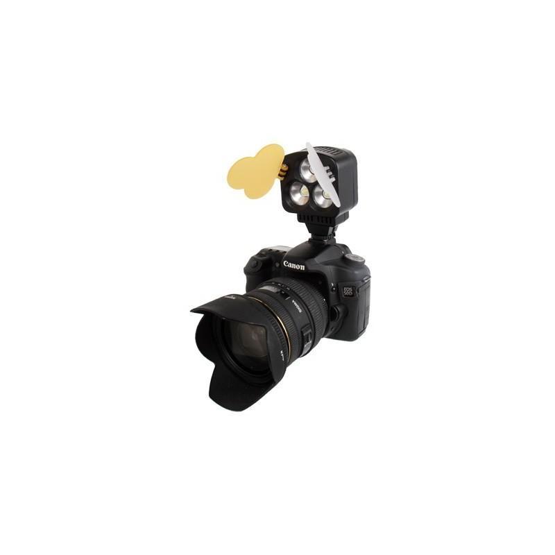 Накамерный LED свет для фотоаппарата и видеокамеры P-1643, 3 LED,  850 люкс 184021